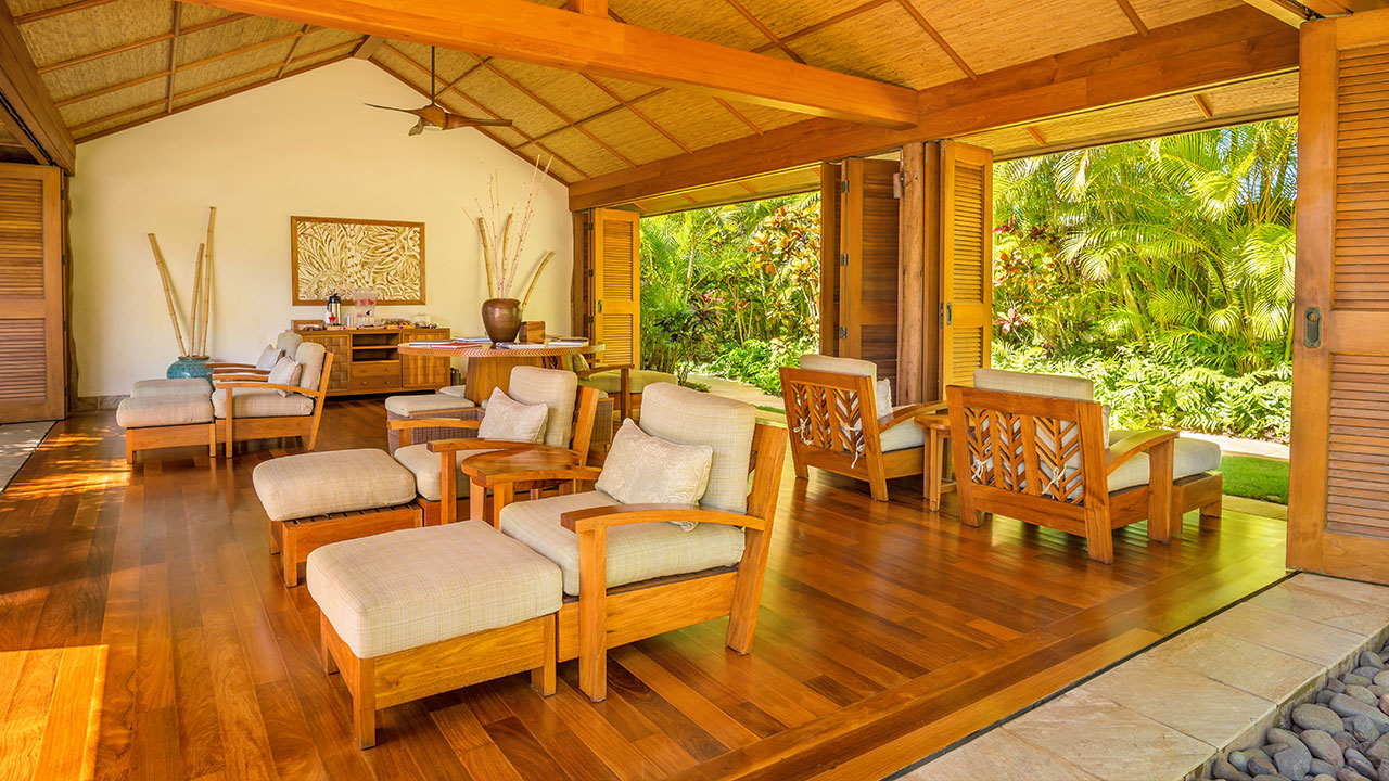 KAUAI_P639 Anara Spa Relaxation Hale Interior
