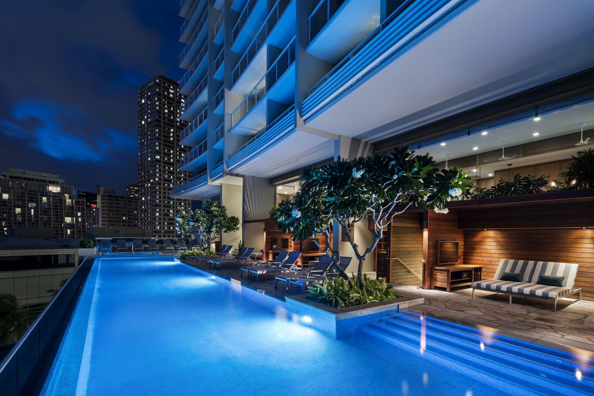 FTN-Ritz-Carlton-Residences-14