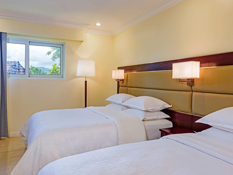 Sheraton Samoa Aggie Grey S Hotel And Bungalows Island