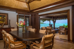 13.-Te-Manava-Luxury-Villas-Spa-Presidential-Beachfront-Villa-Dining