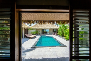 23.Te-Manava-Luxury-Villas-Spa-Ultimate-beachfront-villa-pool-with-lagoon