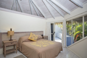 5.-Te-Manava-Luxury-Villas-Spa-Standard-Pool-Villa-Bedroom