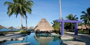 Island-Travel-Network-Coconuts-27