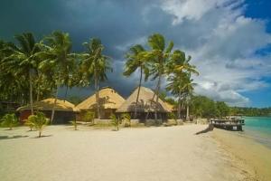 Island-Travel-Network-Coconuts-4