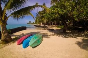 Island-Travel-Network-Coconuts-5
