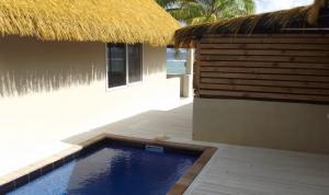 Island-Travel-Network-Crown-Beach-Resort-1