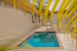 Island-Travel-Network-Crown-Beach-Resort-2
