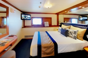 cruise-double-room